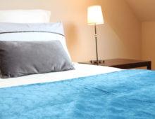 chambre-individuelle-gite-ria-etel-domaine-des-trois-rivieres-merlevenez